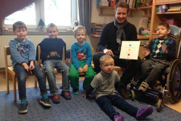 Vorlesetag 2015: Matthias Kerkhoff liest im Briloner ST. Andreas Kindergartenvor