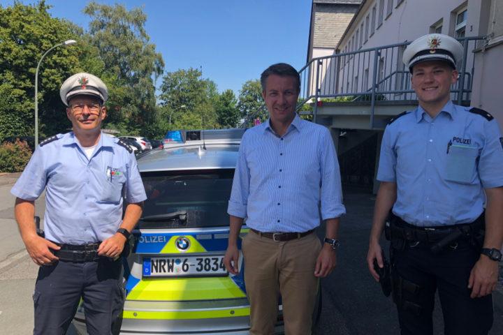 Landtagsabgeordneter Matthias Kerkhoff auf Streife mit der Polizei