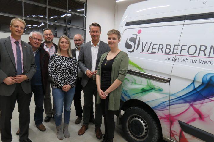 Landtagsabgeordneter Matthias Kerkhoff zu Gast bei SI-Werbeform in Niedersfeld